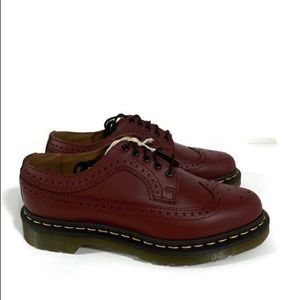 Dr Martens 3989 5-eyelet Cherry Leather Shoe